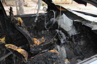 Incendiaron un auto abandonado en el norte de la ciudad