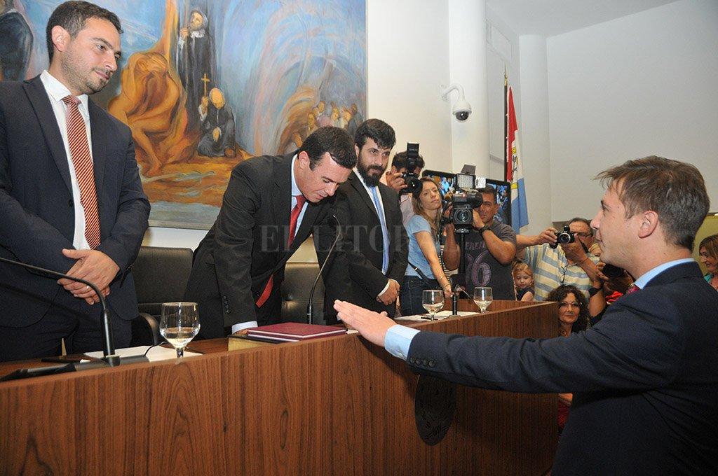 En un concejo dividido en tres, el edil justicialista Sebastián Pignata logró tejer los acuerdos para seguir en la presidencia del Cuerpo. <strong>Foto:</strong> Flavio Raina.