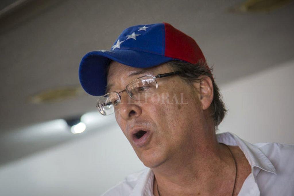 Óscar Arnal renunció a su candidatura a la alcaldía de Libertador