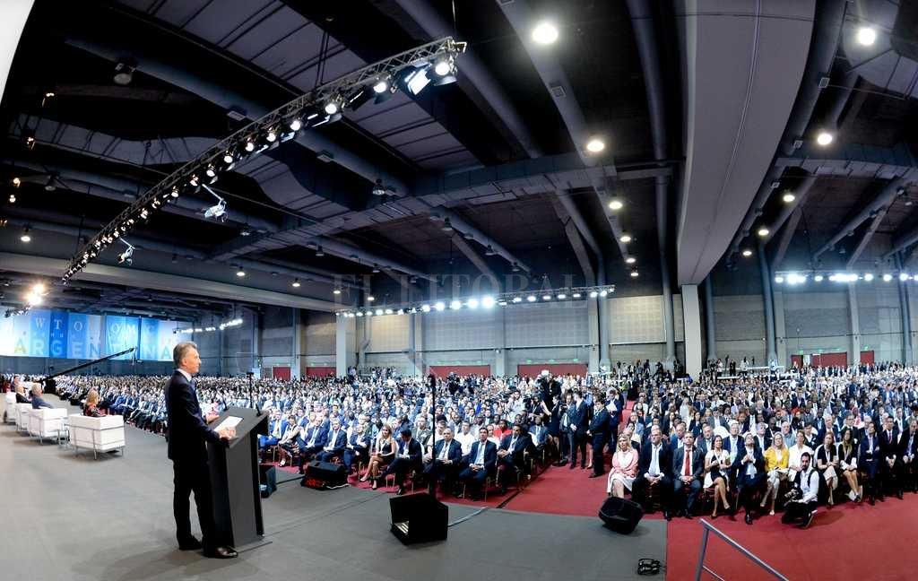 en el Junto a Macri participaron del acto inaugural, la presidente de la MC11, Susana Malcorra y los presidentes brasileño, Michel Temer; uruguayo, Tabaré Vázquez, y paraguayo, Horacio Cartes. Crédito: Télam