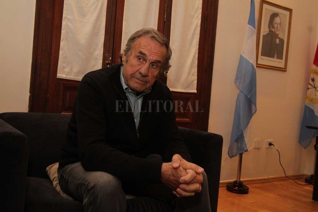 El gobernador Miguel Lifschitz ha tendido varias líneas para intentar tener una reunión con el senador nacional Carlos Reutemann. <strong>Foto:</strong> Guillermo Di Salvatore