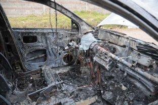 Los quemacoches de Santa Fe también cierran su año