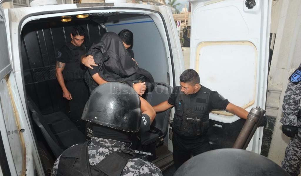 Facundo Solís ya se encuentra en Tribunales. <strong>Foto:</strong> Flavio Raina.