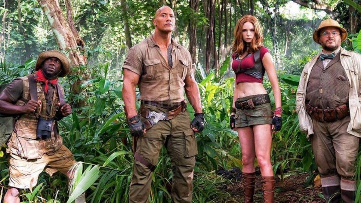 Kevin Hart, Dwayne Johnson, Karen Gillan y Jack Black son las versiones adultas de cuatro jóvenes que son atrapados por Jumanji. Gentileza Sony Pictures Entertainment