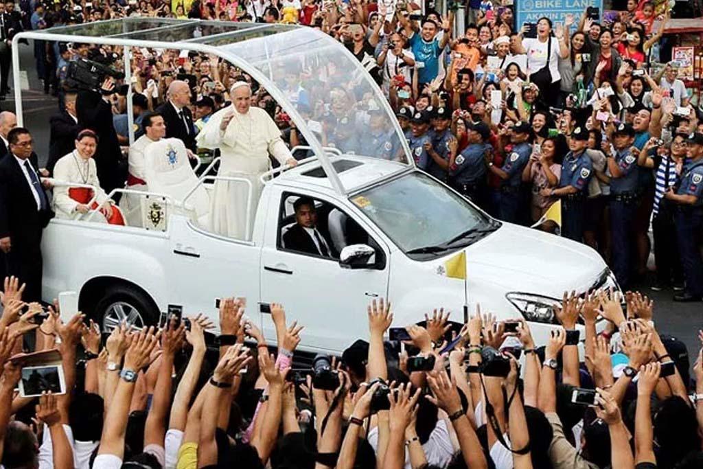 Guardia Suiza supervisa medidas de seguridad en Lima — Papa Francisco