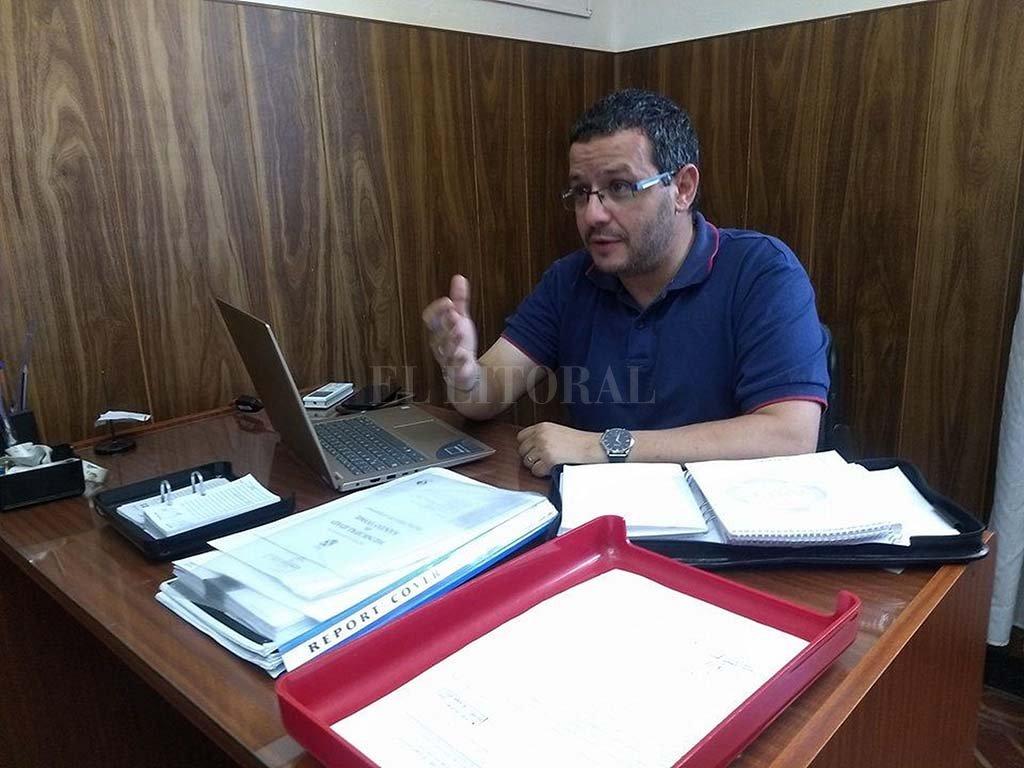 xplicación. El concejal Martín Giménez describió los principales aspectos del proyecto, que elaboró y presentó en su momento junto a Mónica Zocco.  <strong>Foto:</strong> Archivo El Litoral.