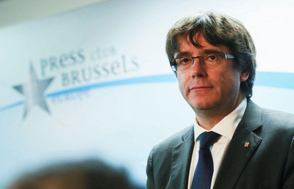 Desde Bruselas, Puigdemont busca la fórmula para regresar al mandato en Cataluña