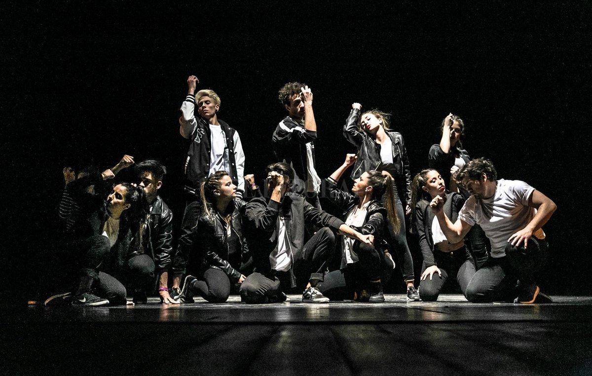 """We Love Dancing, grupo dirigido por Cintia Banchio, presentará un fragmento de la obra """"Armonía, buscando un equilibrio"""". Gentileza Municipalidad de Santa Fe"""