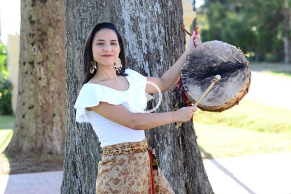 Karen Folklore será la encargada de abrir el ciclo junto a El Rejunte Chango, el sábado a las 20. Crédito: gentileza Producción
