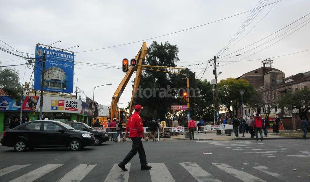 Cambios en los recorridos de colectivos por el socav�n de Bulevar y Rivadavia