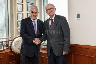 Piñera dice que buscará que Venezuela recupere libertad y democracia
