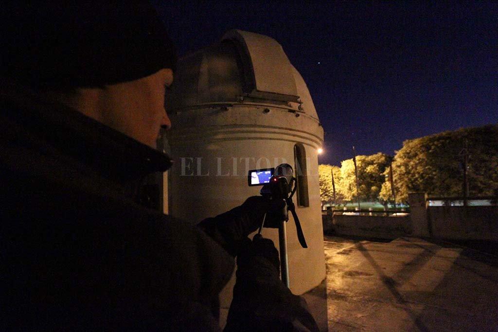 Con los equipos de visualización se podrá apreciar el fenómeno el los cielos. El observatorio abrirá a partir de las 21. <strong>Foto:</strong> Manuel Fabatía.
