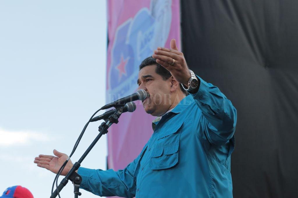 Maduro anuncia el pago de bono de Hogares de la Patria