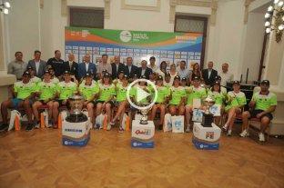 Presentaron a los nadadores del maratón Santa Fe - Coronda