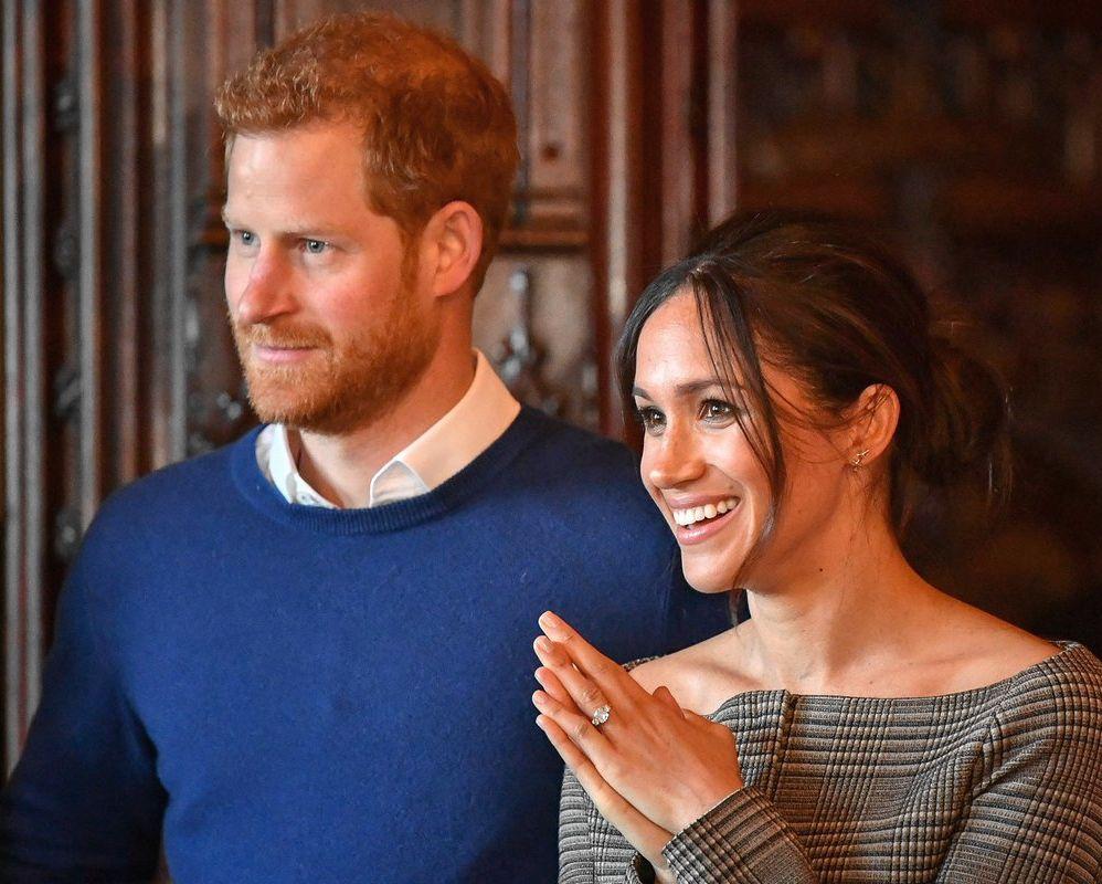 El príncipe Harry de Inglaterra y su prometida, la actriz estadounidense Meghan Markle. <strong>Foto:</strong> Internet