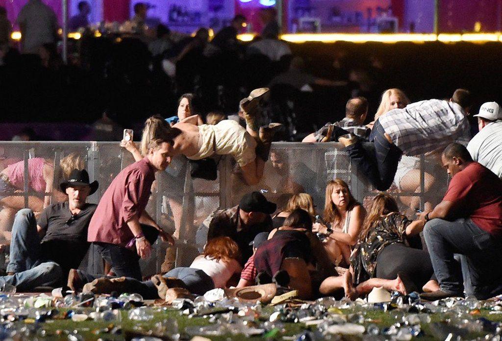 El tiroteo de Las Vegas de 2017 fue un tiroteo masivo ocurrido el 1 de octubre de 2017 a las 22:08 h en la ciudad de Las Vegas, en el estado de Nevada (Estados Unidos), durante la celebración del festival de música country Route 91 Harvest. Crédito: Internet