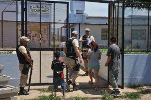 Trabajadores de comedores, portería, niñez y territorio no prestarán servicios en Alto Verde