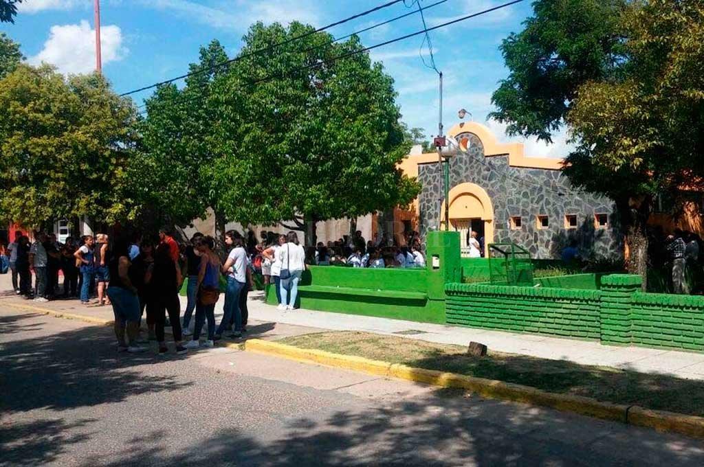Dolor en la comunidad de Santa Rosa de Calchines, donde se realizaba el velatorio Crédito: El Litoral