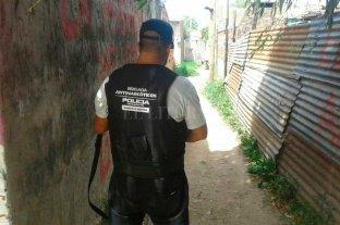 Dos detenidos y secuestro de droga en barrio Barranquitas