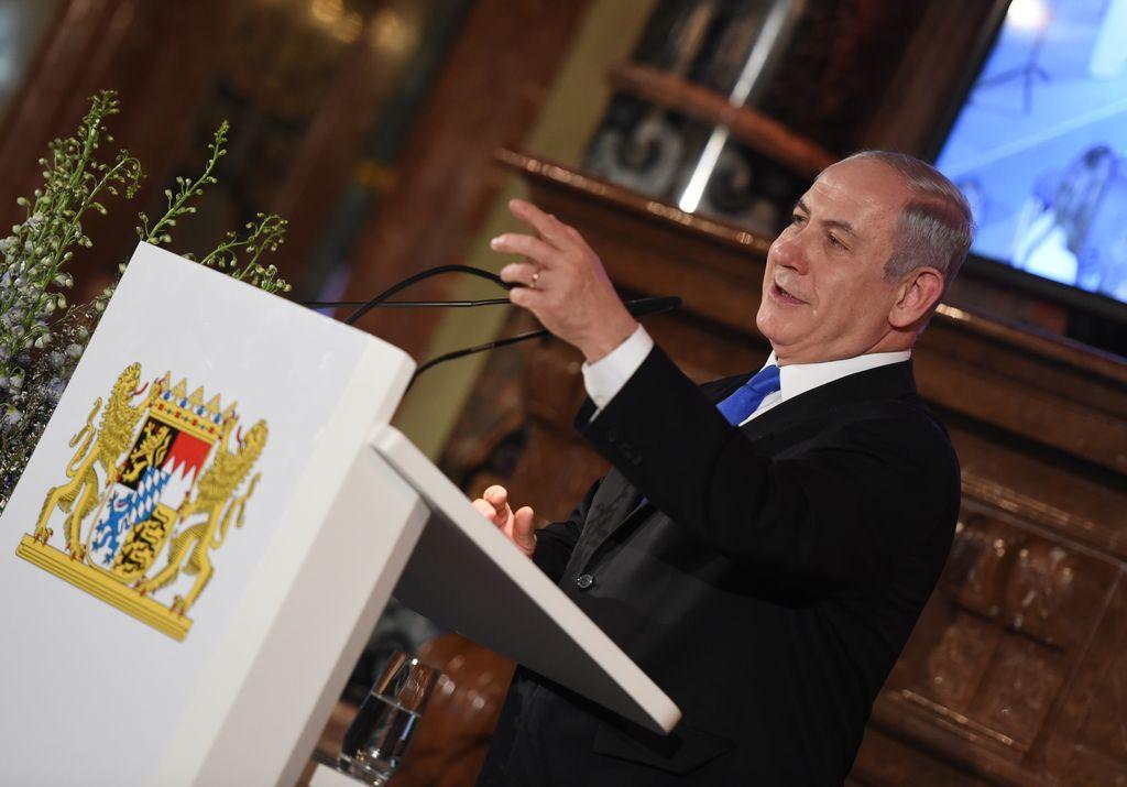 El primer ministro de Israel, Benjamin Netanyahu, se pronuncia en una recepción en el marco de la Conferencia de Seguridad de Múnich, Alemania, el 17/02/2018. Crédito: DPA Andreas Gebert
