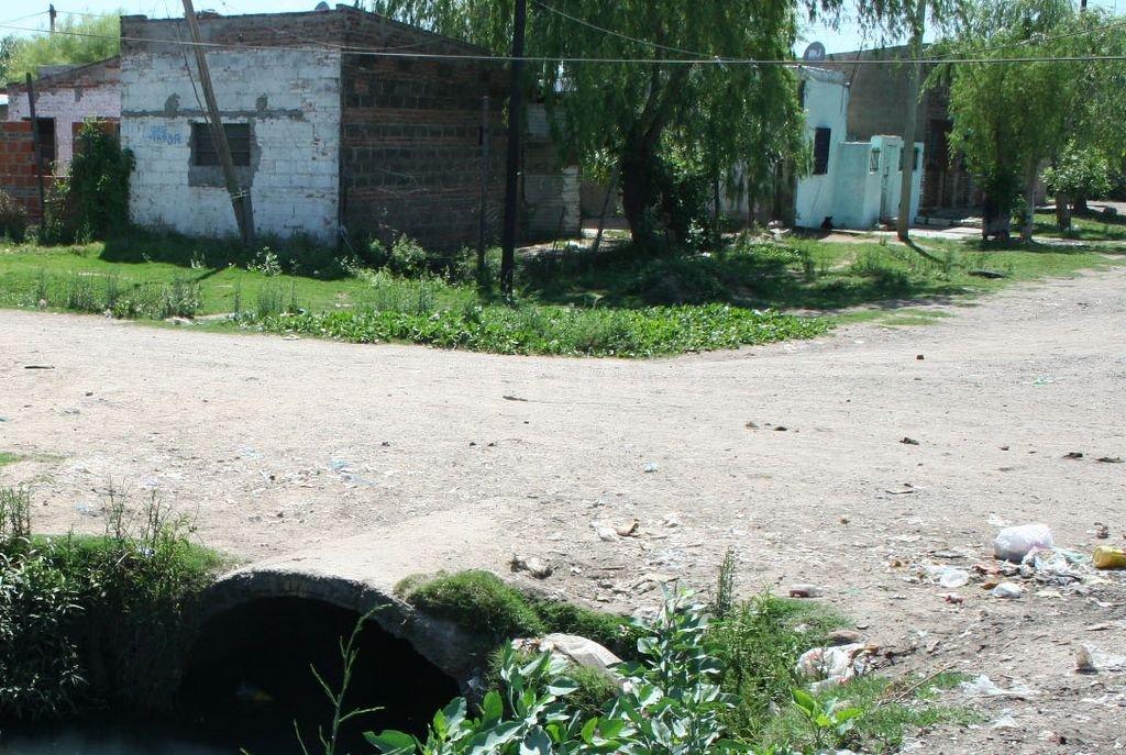 Esquina Padre Quiroga y Corrientes. Santa Rosa de Lima. <strong>Foto:</strong> Archivo El Litoral