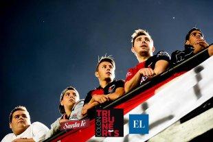 Tribuneros Colón: victoria en la previa del Clásico Santafesino
