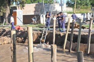 Se rompió un caño maestro de agua en el norte de la ciudad
