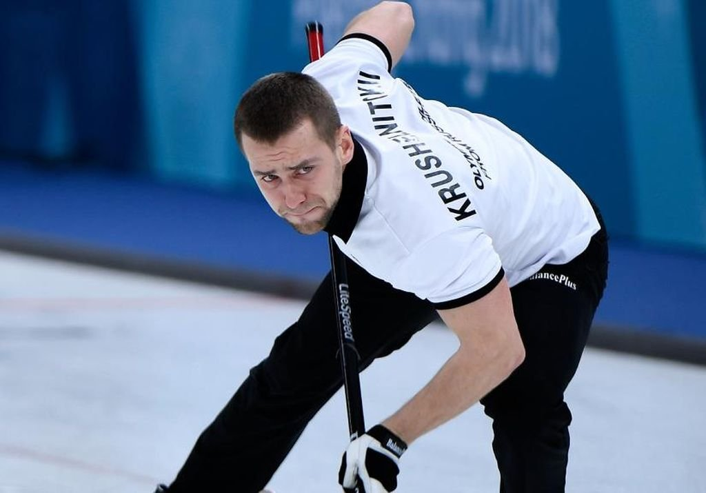 El curler ruso Alexandr Krushelnitckii fue declarado culpable. La medalla será entregada ahora a Noruega. <strong>Foto:</strong> Internet