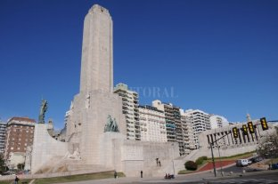 El Presidente Alberto Fernández asistirá aniversario de la creación de la Bandera - El Monumento a la Bandera es el epicentro de los festejos -