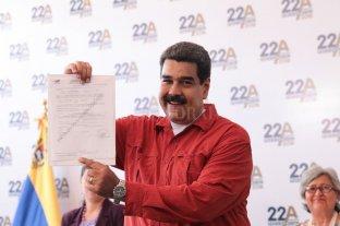 Maduro inscribió su candidatura para las presidenciales