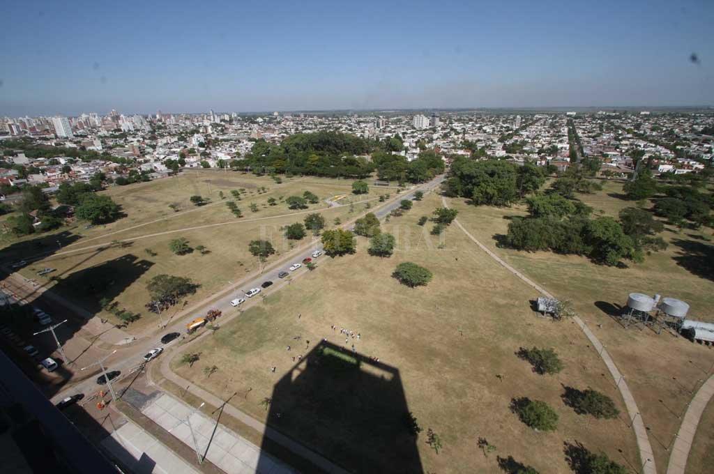 El Parque Federal visto desde uno de los flamantes departamentos de los Procrear Crédito: Mauricio Garín