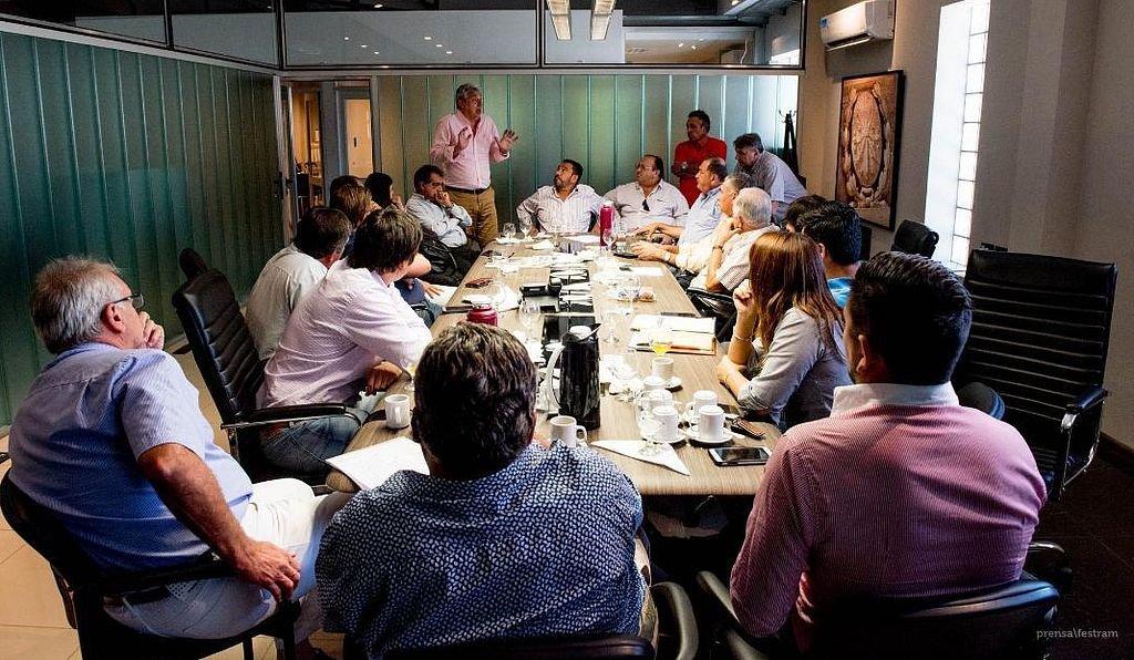 Reunión de dirigentes de la Festram. Crédito: Festram