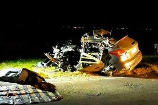 Fuerte choque en la autopista Santa Fe - Rosario deja un muerto