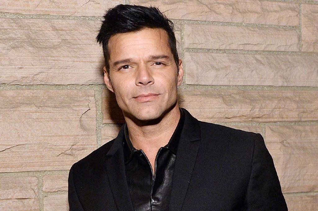 Ricky Martin respalda marcha contra el gobernador de Puerto Rico