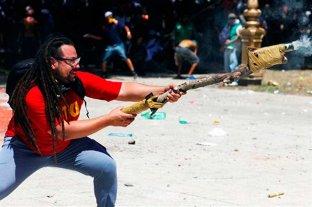 Rompió el silencio el militante que lanzó un mortero en los incidentes por la reforma previsional