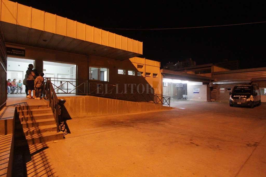 Los tres muchachos heridos fueron trasladados al hospital Cullen.  <strong>Foto:</strong> Archivo El Litoral / Manuel Fabatía
