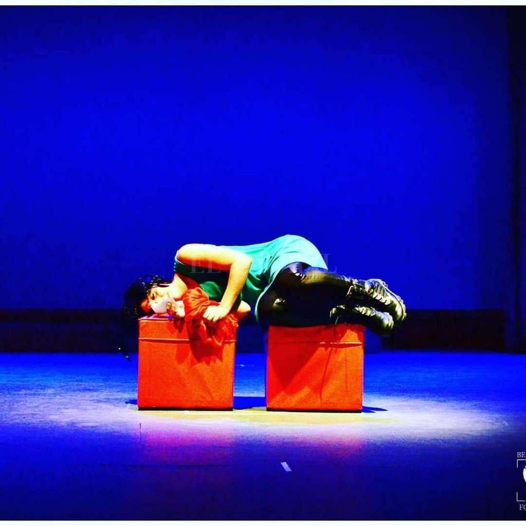 Las actuaciones son Mónica Marrafa y Najla Raydan. <strong>Foto:</strong> Gentileza producción