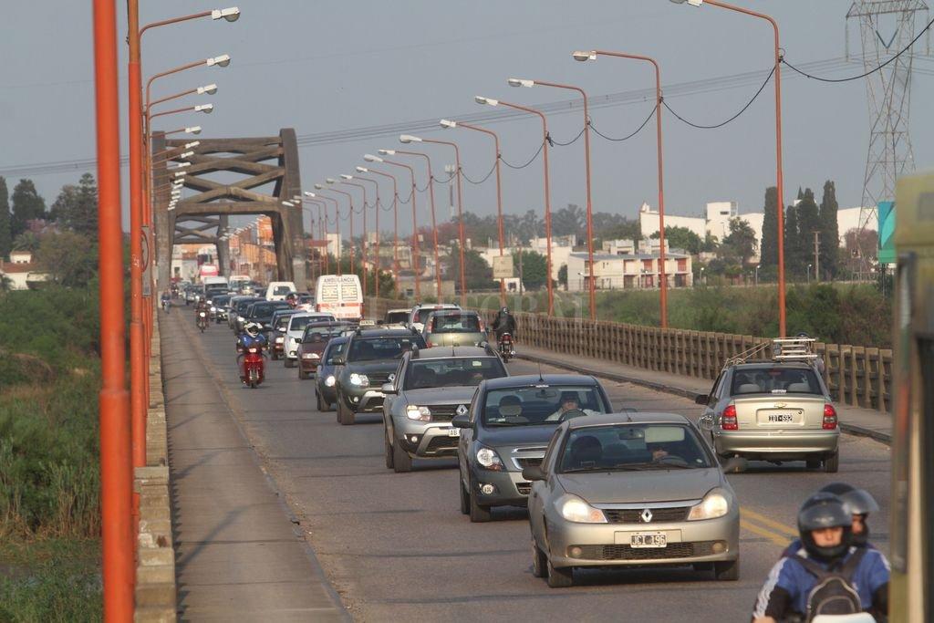 Piden que la obra del nuevo puente que una a Santa Fe y Santo Tomé sea parte del pago de la deuda que mantiene la Nación con la Provincia  <strong>Foto:</strong> Mauricio Garín