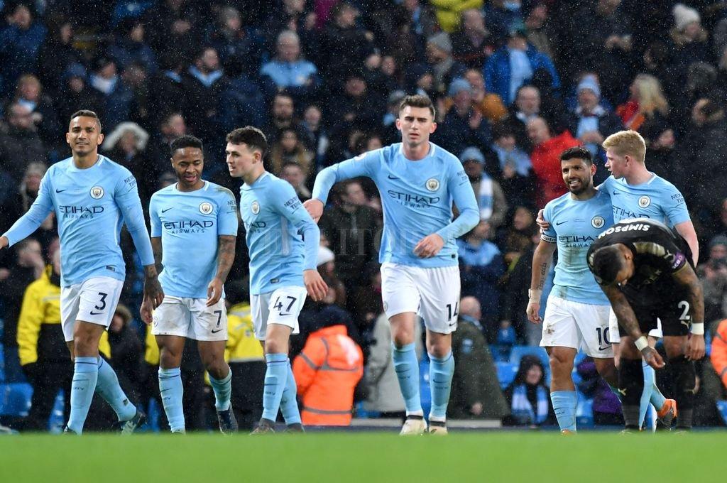 Manchester City se consagró campeón de la Premier League gracias a la derrota de Manchester United