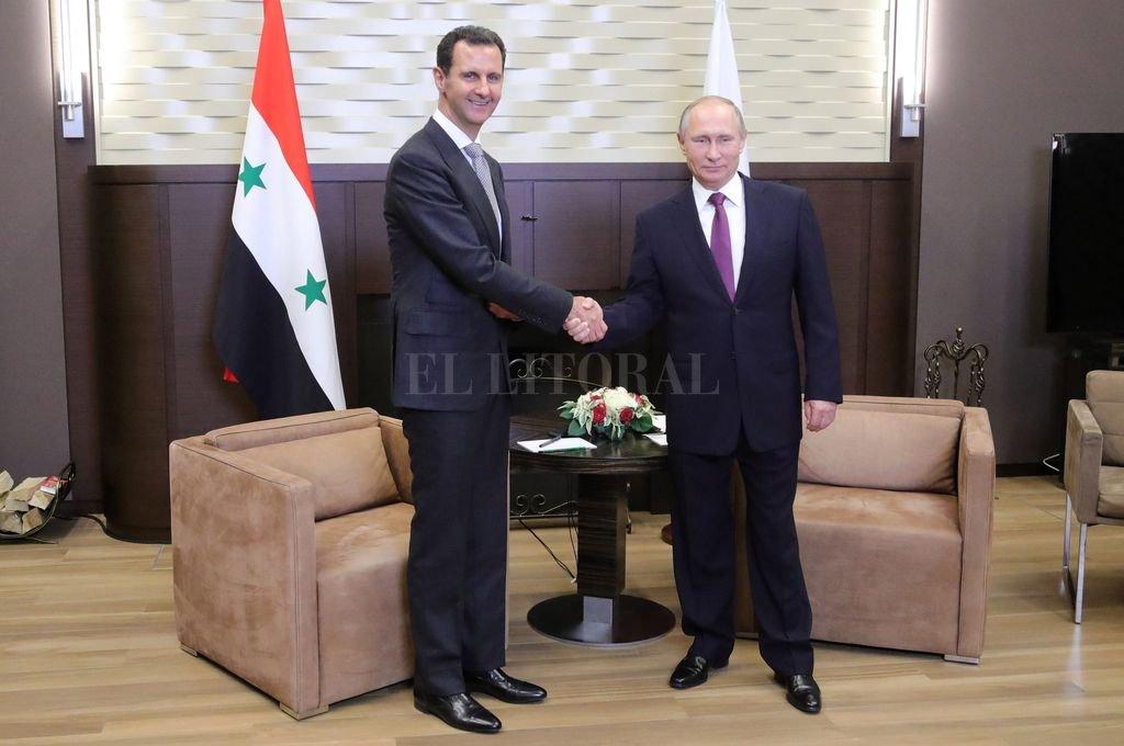 El presidente sirio Bashar Al Assad junto a su homólogo ruso, Vladimir Putin. <strong>Foto:</strong> Archivo