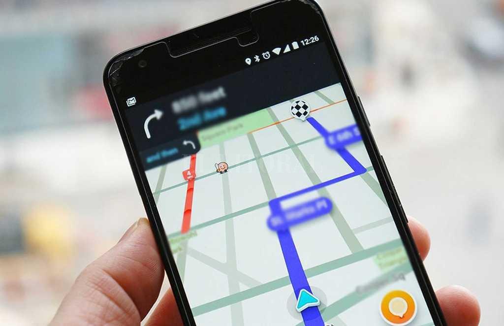 Waze también alerta a los conductores sobre los radares de velocidad. Además, con colores en el mapa indica cuál es el camino más congestionado para circular, a su vez recomienda las vías más ágiles.  Crédito: Internet
