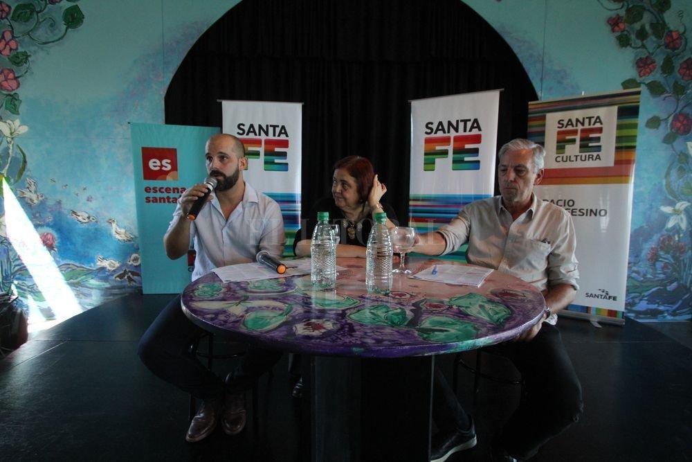 La presentación estuvo presidida por la ministra Chiqui González, junto al secretario de Desarrollos Culturales, Paulo Ricci, y el de Producciones, Industrias y Espacios Culturales, Pedro Cantini. Mauricio Garín