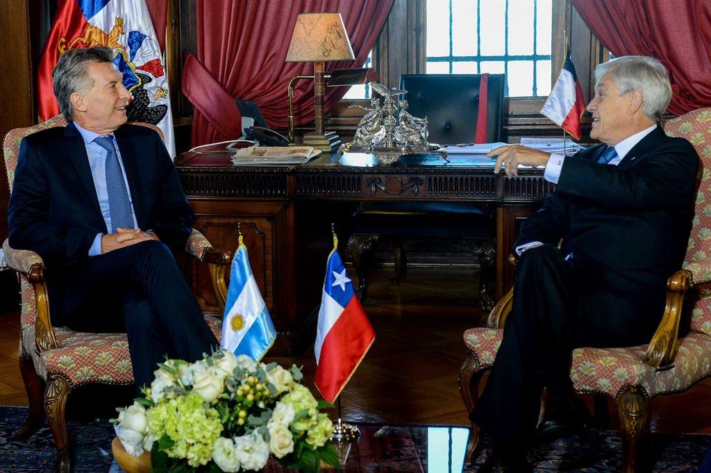 Mauricio Macri y Sebastián Piñera, en la visita del mandatario argentino a Chile. <strong>Foto:</strong> Presidencia