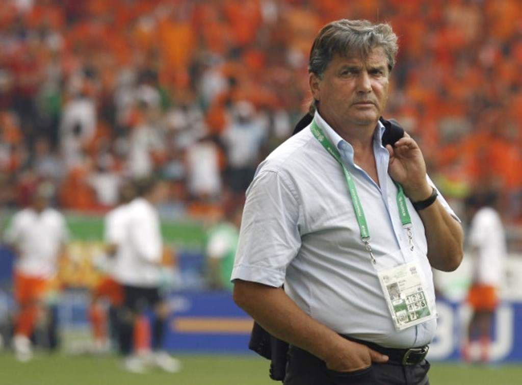 Falleció legendario ex técnico de la selección francesa