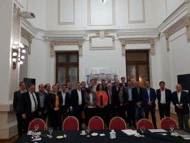 Lifschitz e intendentes radicales: fondos, diálogo y presentación