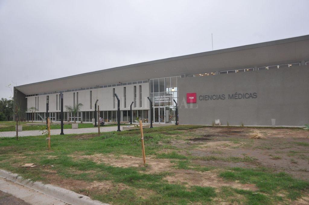 A estrenar. Esta tarde se inaugura este nuevo edificio que se construyó con fondos de la UNL, a partir de un proyecto que comenzó en el 2010. Crédito: Flavio Raina