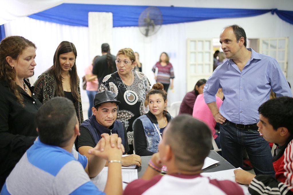 Este martes, el intendente José Corral recorrió la Escuela de Trabajo de Las Flores.  <strong>Foto:</strong> MCSF