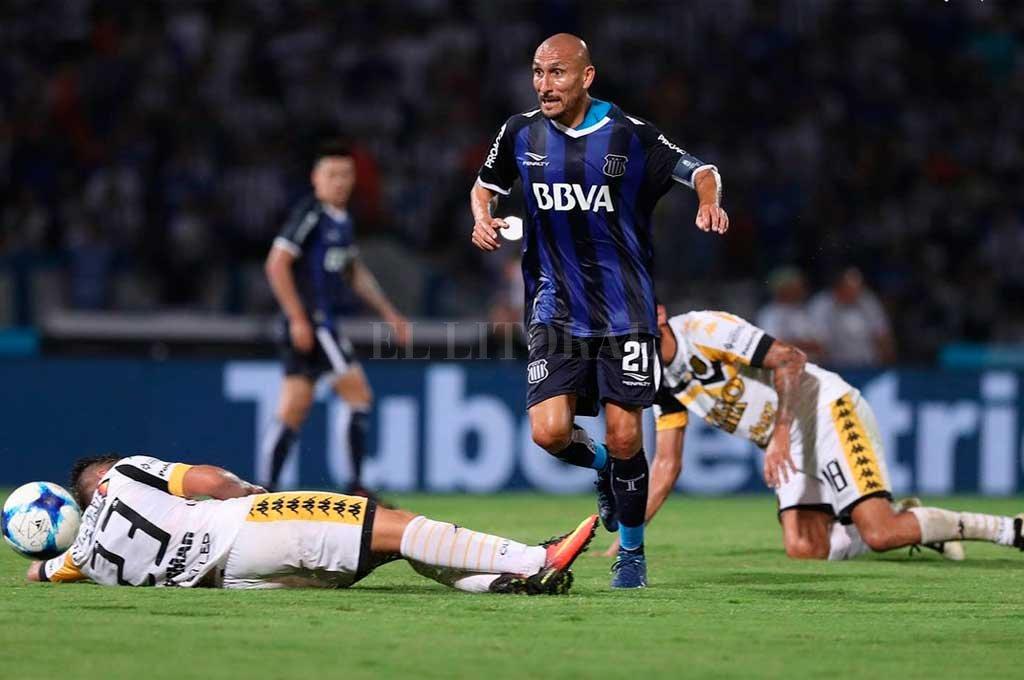 Olimpo vs Talleres de Córdoba, Superliga Argentina — En vivo