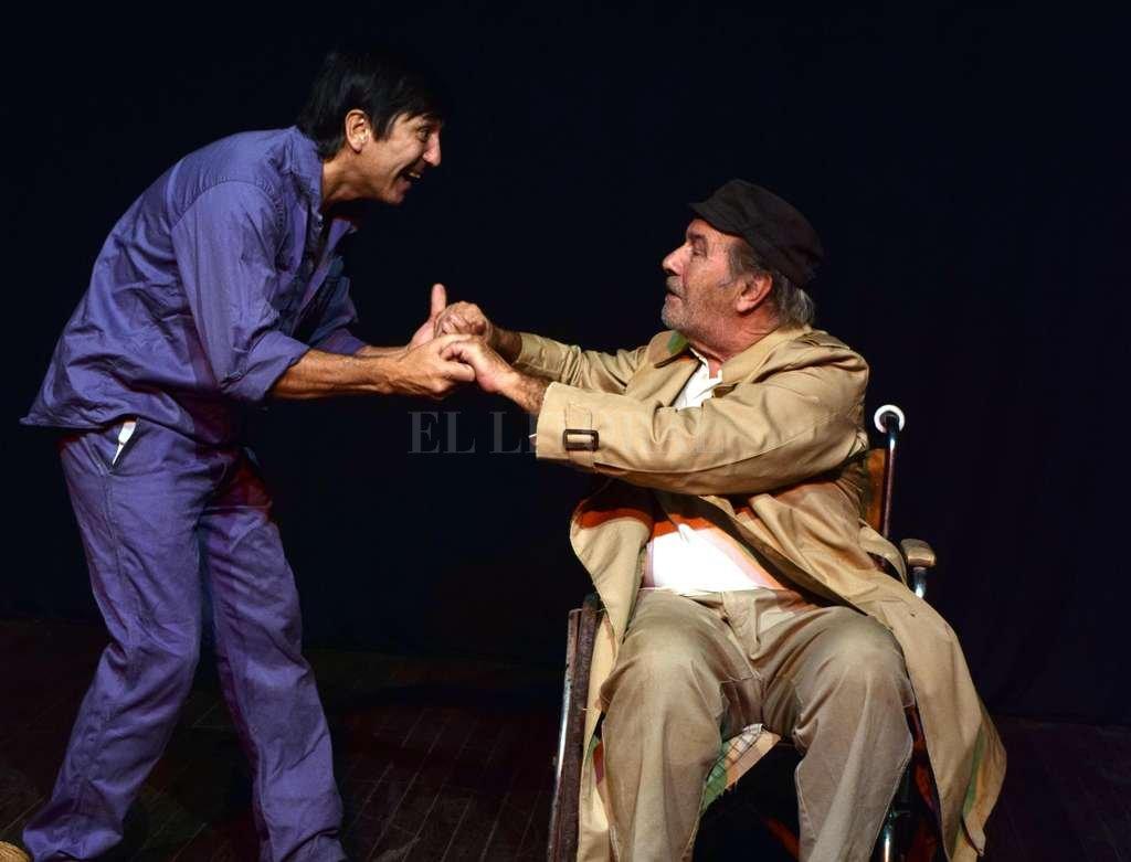 Convertidos en una suerte de Quijote y Sancho de folletín criollo, dos antihéroes traman su propia trama. <strong>Foto:</strong> Gentileza producción