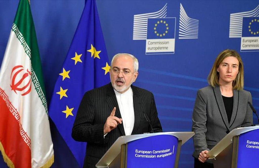 Canciller iraní, Mohamad Yavad Zarif y la jefa de la Diplomacia europea, Federica Mogherini. <strong>Foto:</strong> Internet